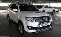 2014 Toyota Fortuner 3.0 D-4D Automatic with Black