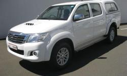 Air Conditioner, Alarm, Alloy wheels, Canopy, CD Front