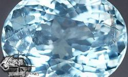 Beskrywing Aquamarine Weight: 2.89 CT Clarity: VS2