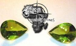 Beskrywing Peridot (Matching Pair) Weight: 3.8 TCW