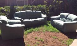 3 Piece Green lounge suite. Very comfortable, great for