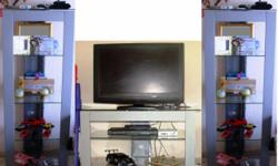 Beskrywing 3 piese TV stand. consist of TV stand & 2