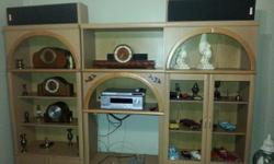 3 piece wall unit 4 sale. Still in excellent cond