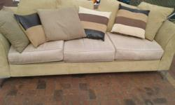 3 seatercouch  in excellent condition A2301 R1650 We