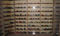 Beskrywing MODEL CARS COLLECTION FOR SALE SCALE 1:18 ~