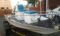 Boat with 35hp Evinrude motor working order. Bouyancy