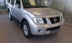 NEW NISSAN PATHFINDER 2.5 DCi 4X4 SE SPECIAL ON THIS