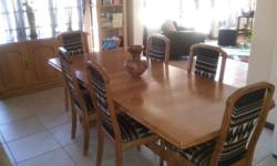 6 seater dining room table can be extended to a 8