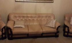 5 piece 9 seater lounge set excellent condition very