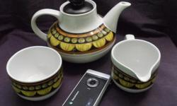 Alfred Meakin Teapot, Creamer and Sugar bowl. perfect