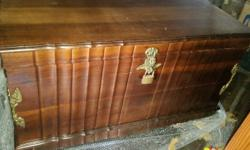 Antique Kist with original brass fittings Cash only