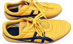 Mens size UK 11 Asics martial arts yellow shoes in good