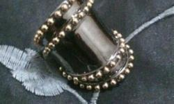 Assorted high quality items for sale, rings are 16mm in