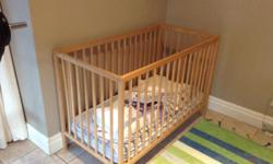 Babybed with matress for sale the bed have to levels