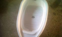 I have 1 x plastic baby bath tub for sale. R50.00