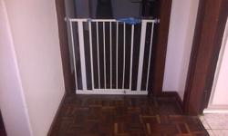 Baby safety gates, reputable brand, excellent