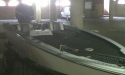 Beskrywing I am selling my Dragonfly Bass Boat (Boat