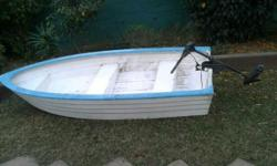 Bass boat for sale with a 5 speed motor still in very