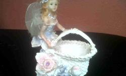 Beautiful fairy ring bowl. In perfect condition. Look