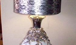 Got this nice lamp for sale. Great condition. Phone
