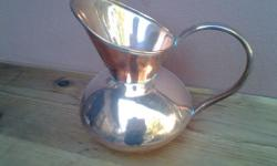 Beautiful solid copper Jug in very good condition,