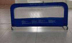 Adjustable Bed Rail. Very good condition. Suitable for