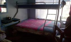 Double bed under and single bed up. Nice condition.