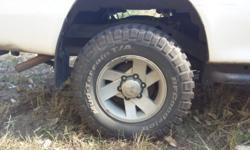 4x 30x9.5 x15 inch BFG Mud terrain tyres with Colt mag