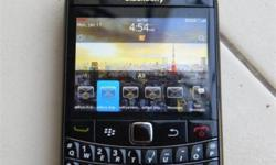 Black berry bold good condition with charger all