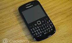 Black berry curve basically brand new with Kodak Easy
