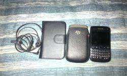 Blackberry 9790 for sale lock button is a bit damaged,