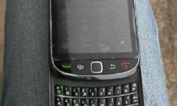 **FOR SALE : BLACKBERRY 9800** The phone is in
