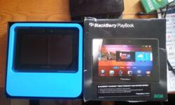 "BlackBerry play book 32gb 7 "" tablet complete with box"