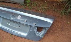 Bmw e90 bootlid. Original item R1200, led taillights