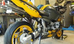 BMW R1100 BOXER FOR SALE IN PERFECT SHOW ROOM CONDITION