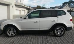 BMW X3 2.5 si A/T. 2006. 90000km. PDC front and rear.