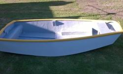 Nice little. Boat for sale good condition.please no
