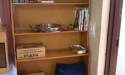 Beskrywing bookshelf in excellent condition call alex