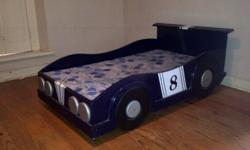 Lovely solid racing car boy's bed for sale. It needs a