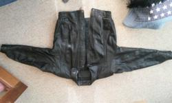Beautiful medium genuine leather jacket. Previously