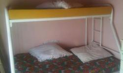Beskrywing Double single bunk beds good condition all