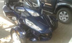 CAN-AM SPYDER 1000 RT, 2011 MODEL, 2600KM, AUTO,