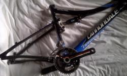Beskrywing I have a full suspension carbon frame with