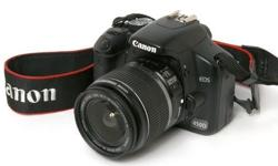 canon EOS for sale only R3700 it is still in good