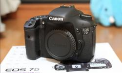 Canon EOS 7D for sale, in box! Perfect working