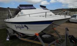 Beskrywing 2005 model Orion cat with two saltwater trim