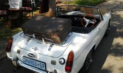 Registered in 1969, manual gearbox with four gears, all
