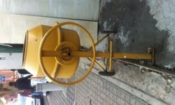 Second hand Cement Mixer: 4 1/2 Cubic foot( 127.426