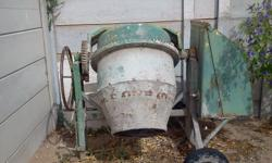I have a working 2nd hand concrete mixer with a Honda