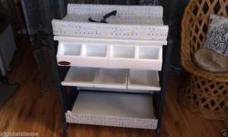 Chelino Baby compactum for sale. Bought 8 months ago